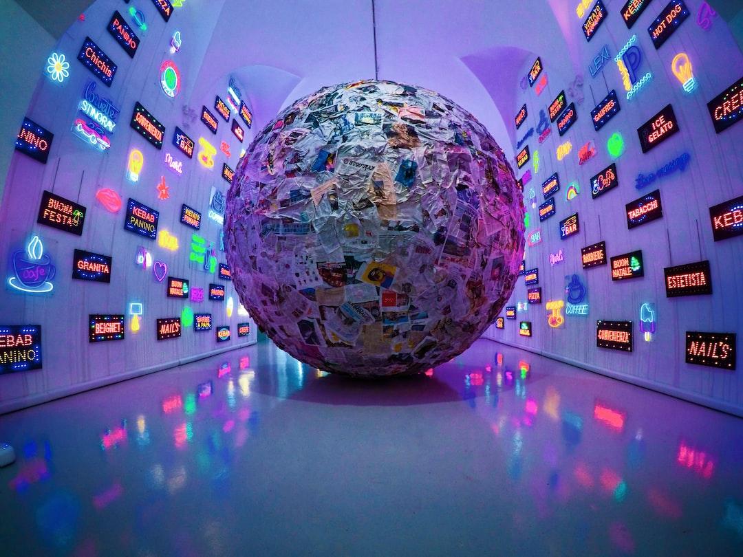 Big Sphere of Journals - Pistoletto