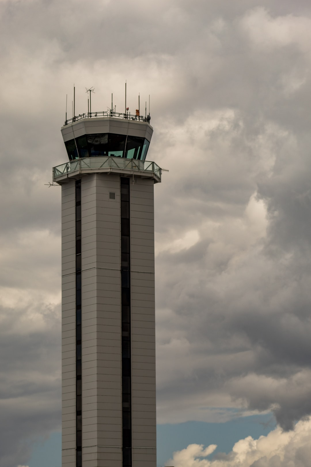Traffic control tower at Paine Field