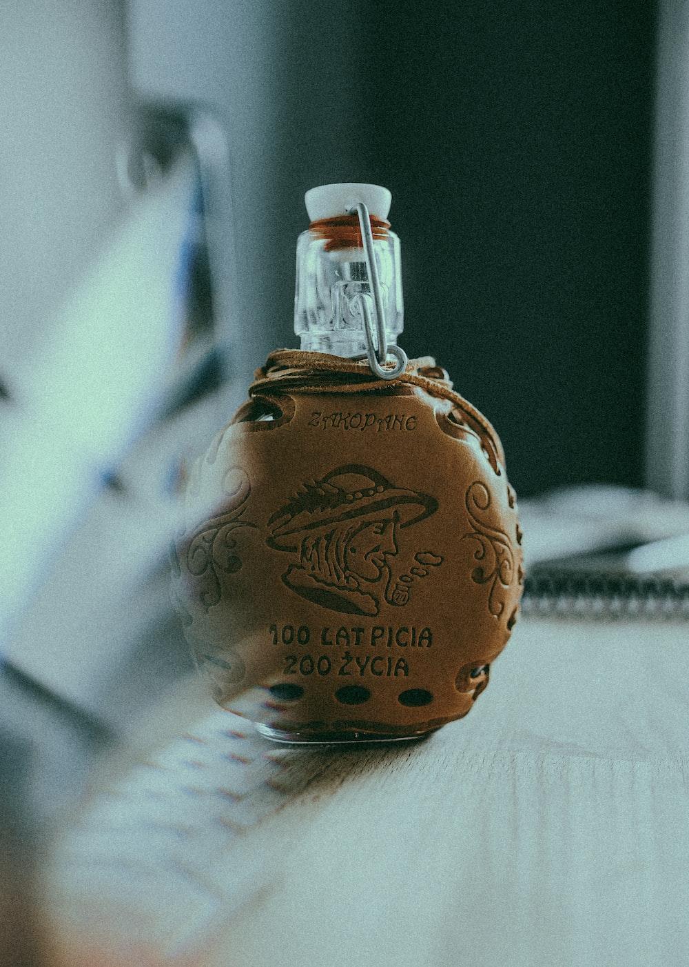 100 Eat Picia product bottle
