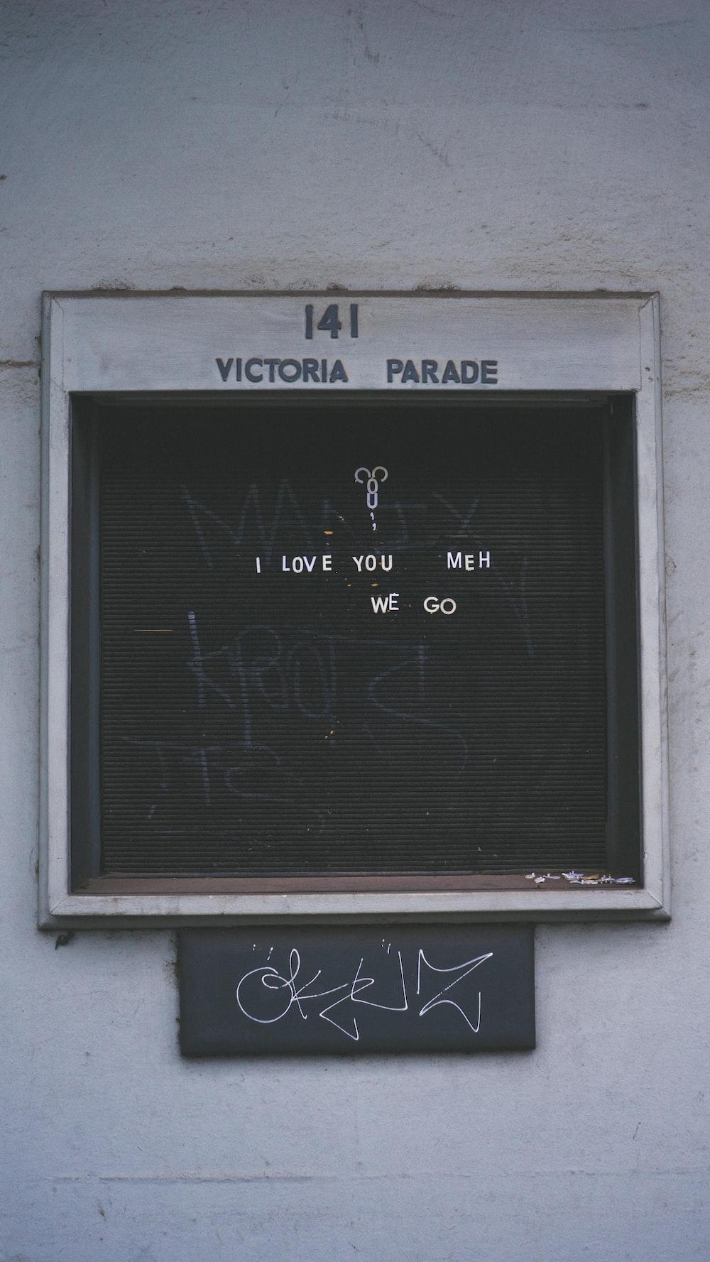 Victoria Parade wall decor