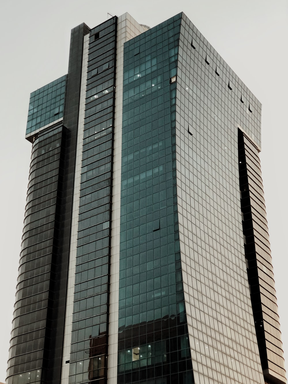 tall building during daytime