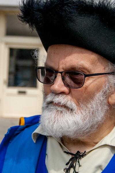 men's brown framed and lens sunglasses