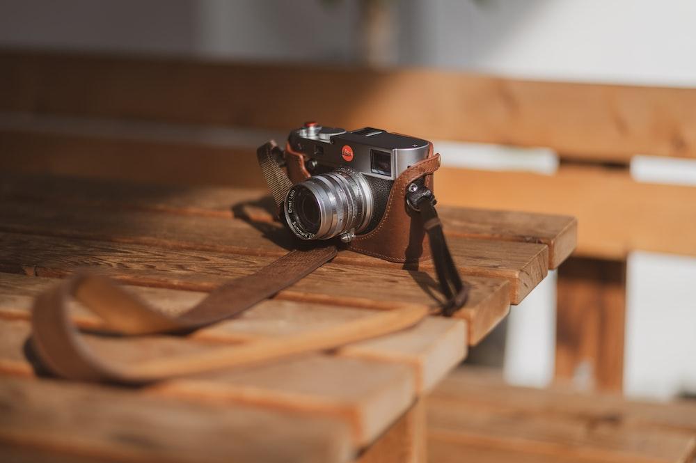 grey point-and-shoot camera