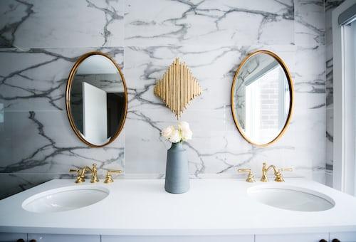 bathroom renovations kew