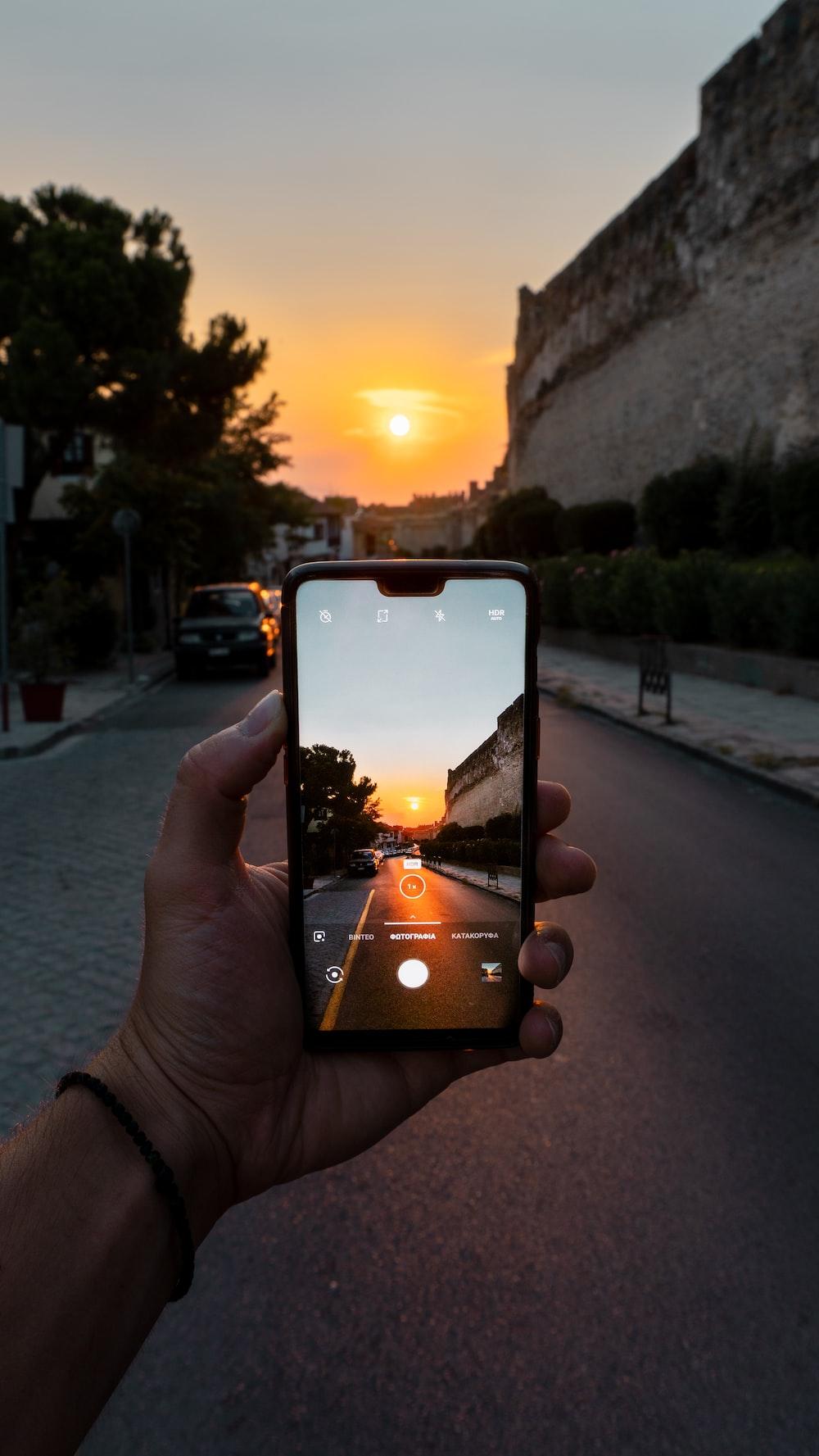 black smartphone close-up photography