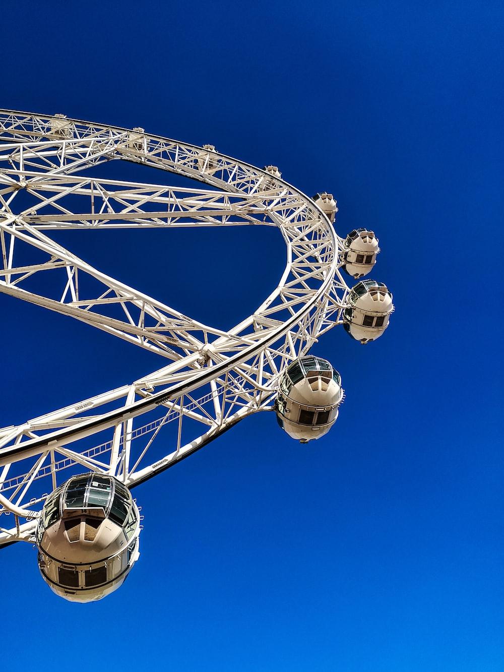 white Ferris wheel during daytime