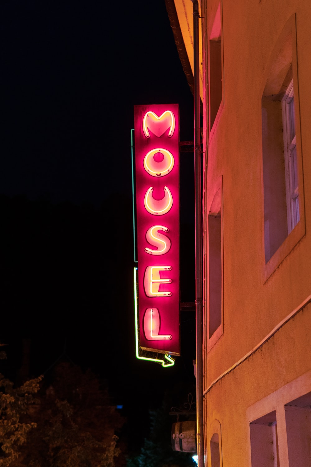 Mousel signage