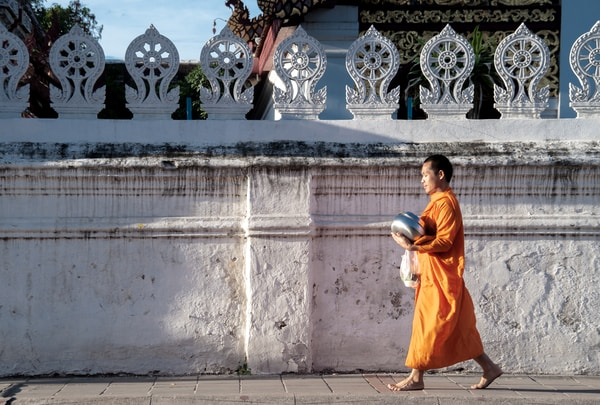 WHY SO MANY AMERICANS ARE BECOMING BUDDHISTS