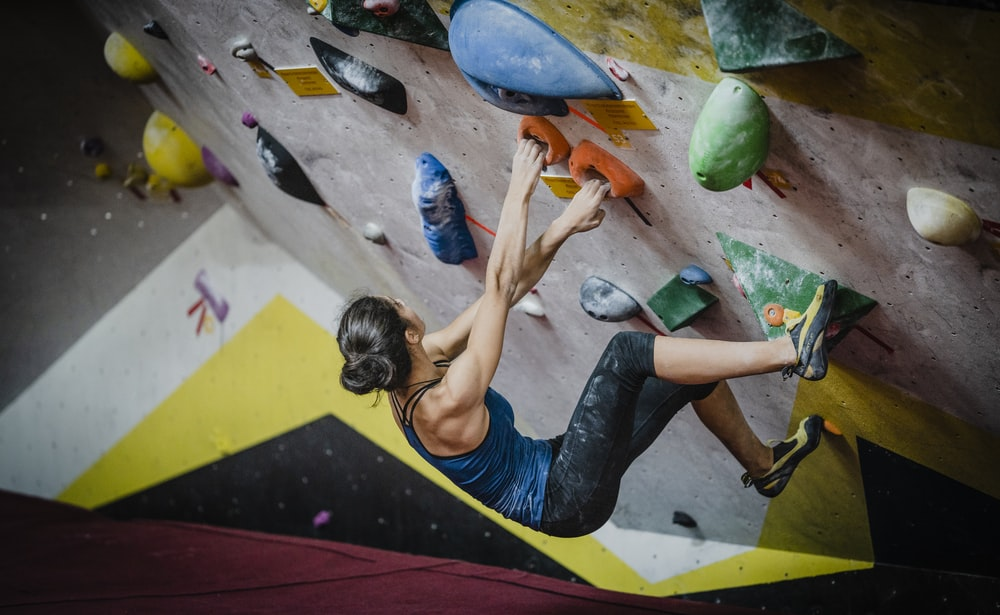 Indoor Rock Climbing Pictures Download Free Images On Unsplash