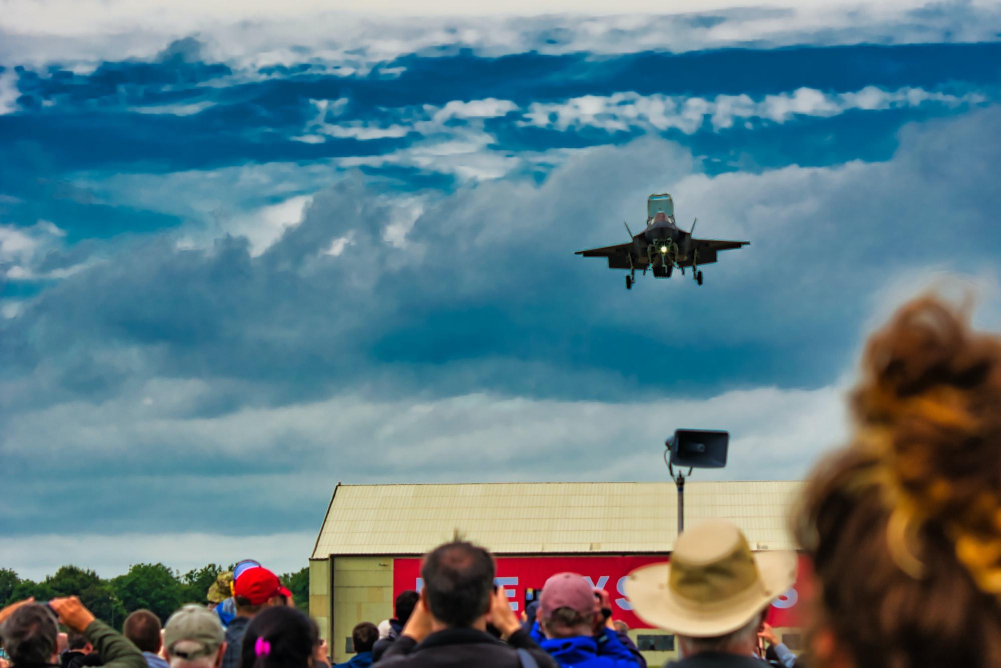 F-35 Lightning Vertical landing
