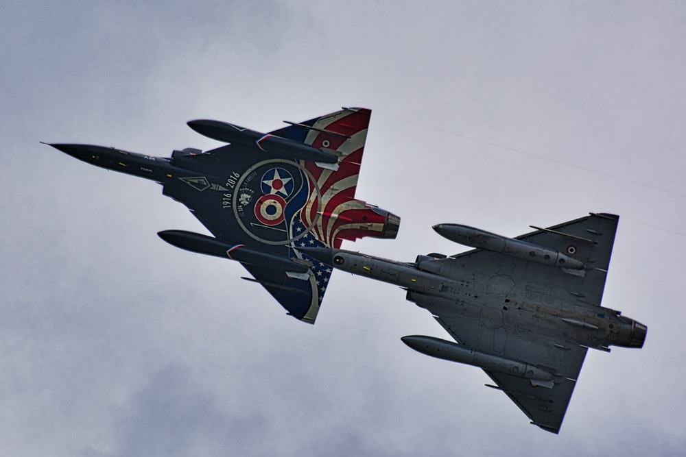 two gray battle jets