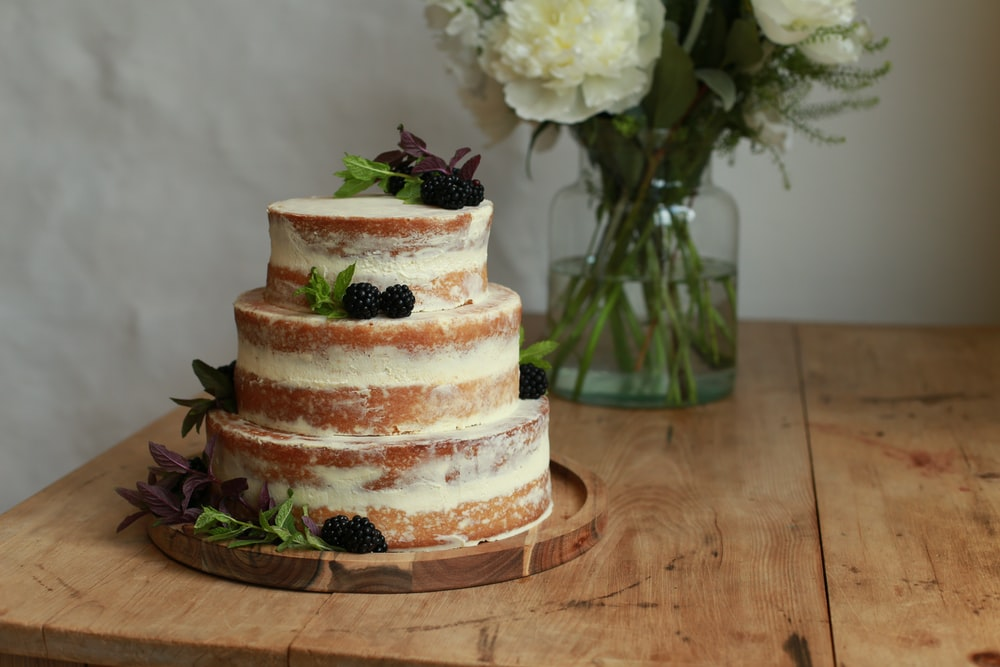 baked cake close-up photography