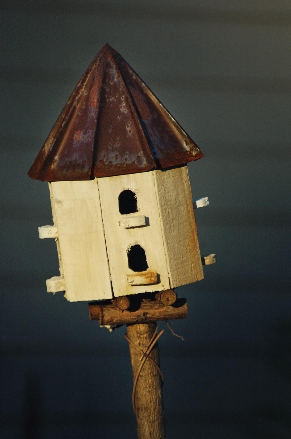brown house miniature