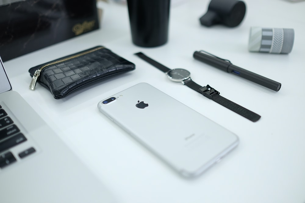 silver iPhone 8 Plus