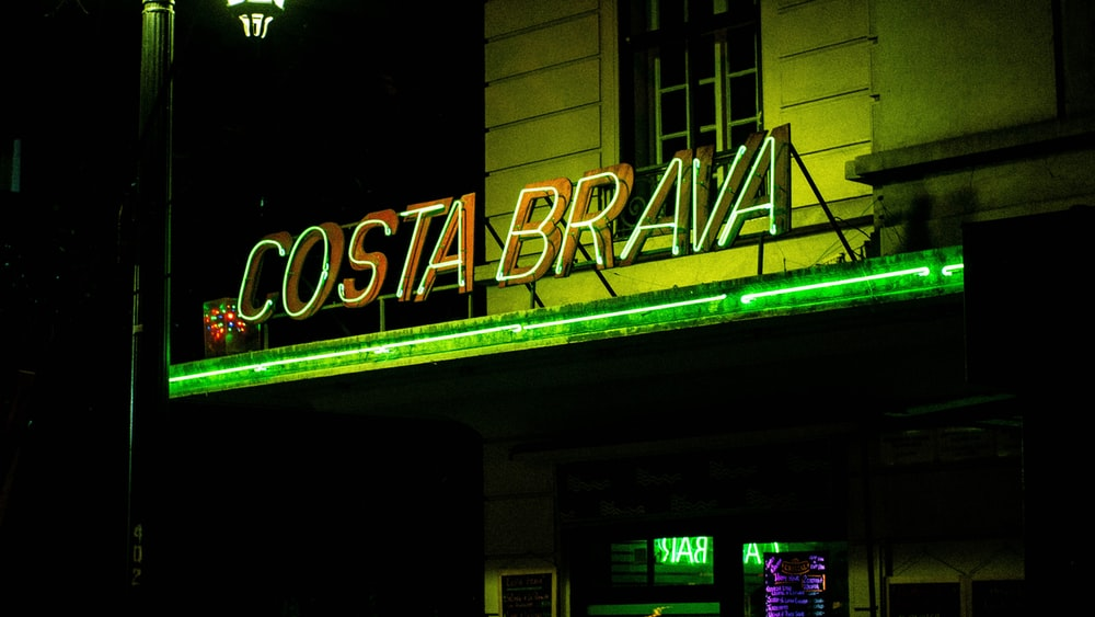 Costa Brava neon signage