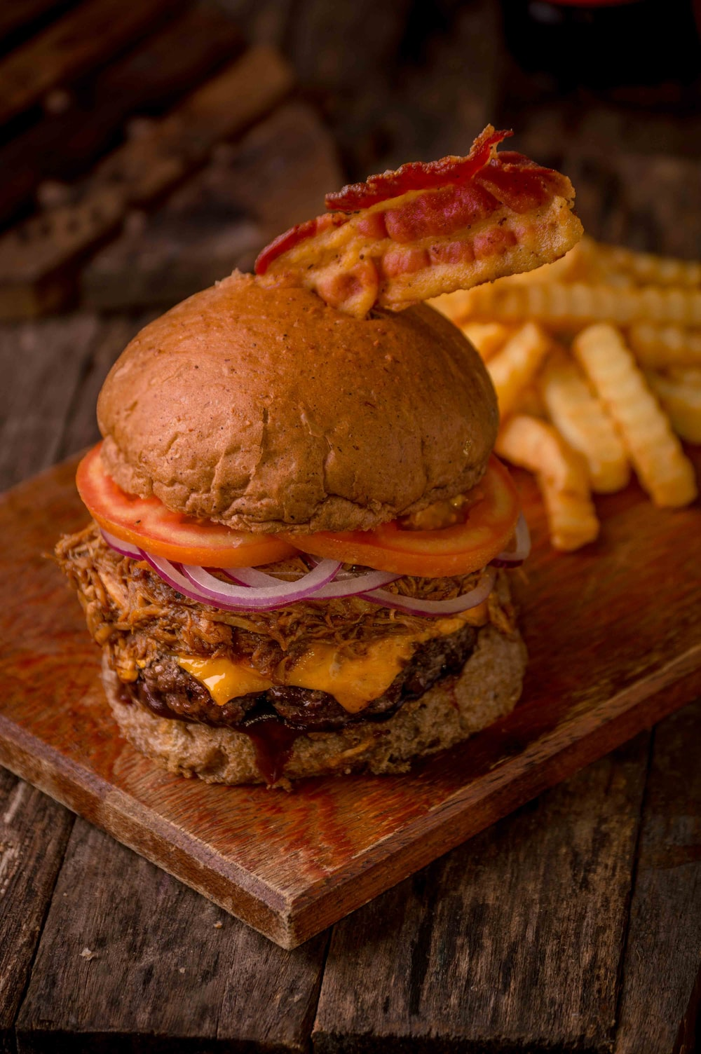 burger with onion and tomatoes