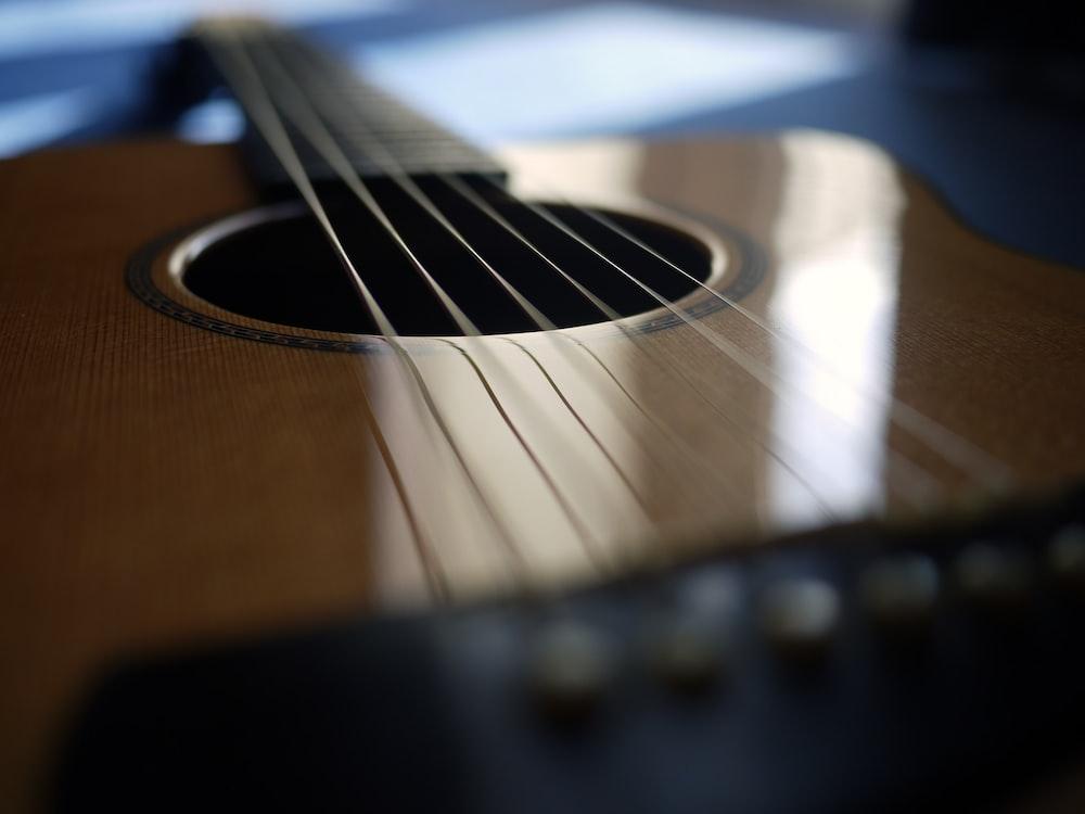 brown guitar