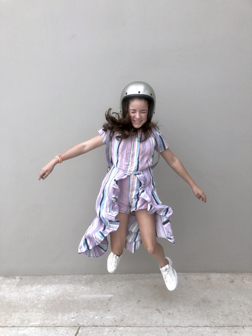 girl jumping on focus photography