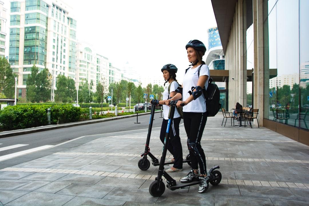 Kazakh postman  Kazpost Kazakhstan Nur-Sultan Girls Scooter Town