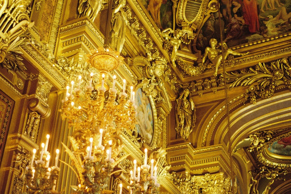 gold-colored chandelier