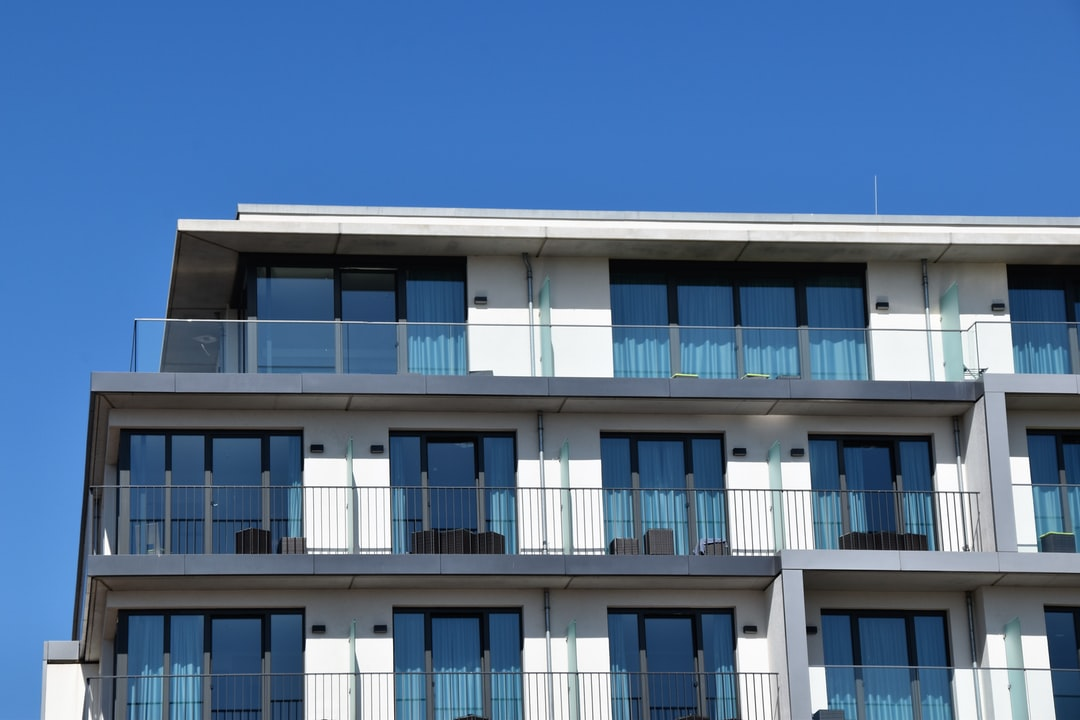 What are the types of security for Condos?