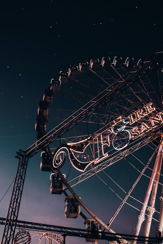Ferris wheel ride at night time