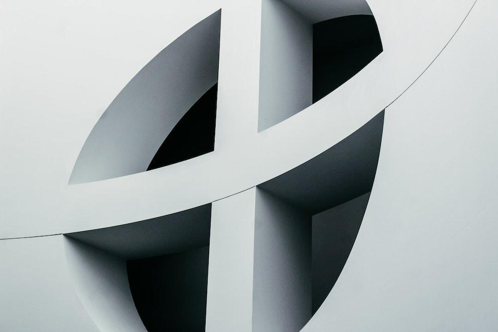 round white cross wlal