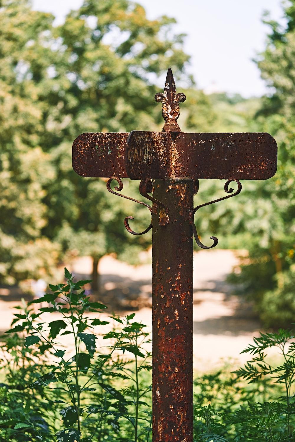 brown metal post