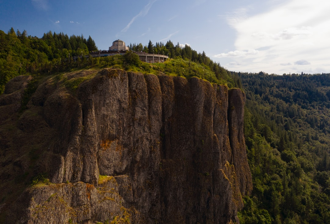 This was an awesome place to fly my drone. I uploaded the birds' eye view of this landmark recently. Here it as from the side. This overlooks the Columbia River on the Oregon side. FYI—I totally recommend the drive on I-84 that goes between Portland and the Dalles. Ridiculously breathtaking scenery like this all along the way.