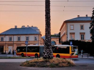 Fase 2, Milano: per viaggiare sui mezzi il tutorial