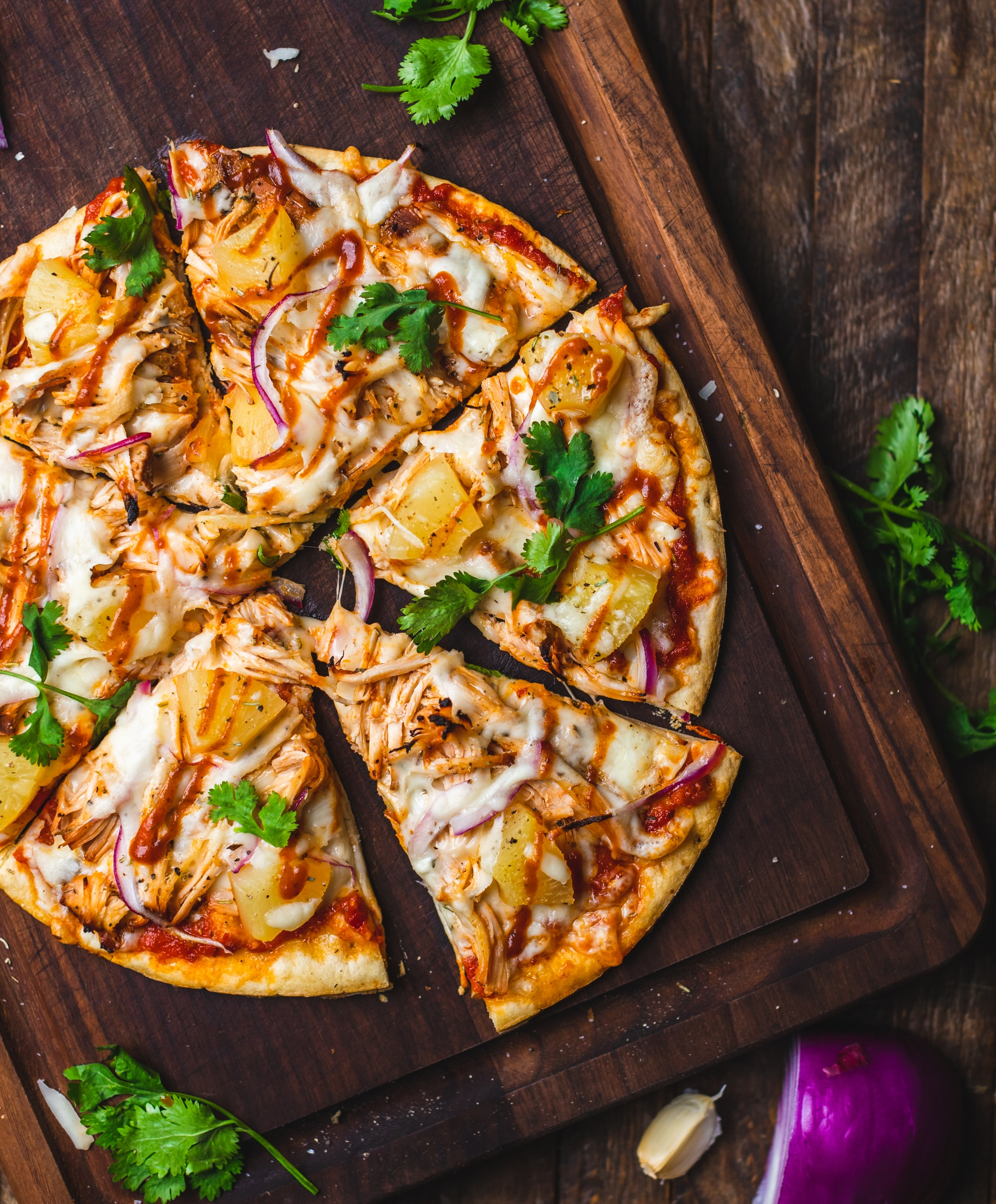 7 Delicious Vegan Pizza Recipes That Won't Make You Miss the Old Stuff ...