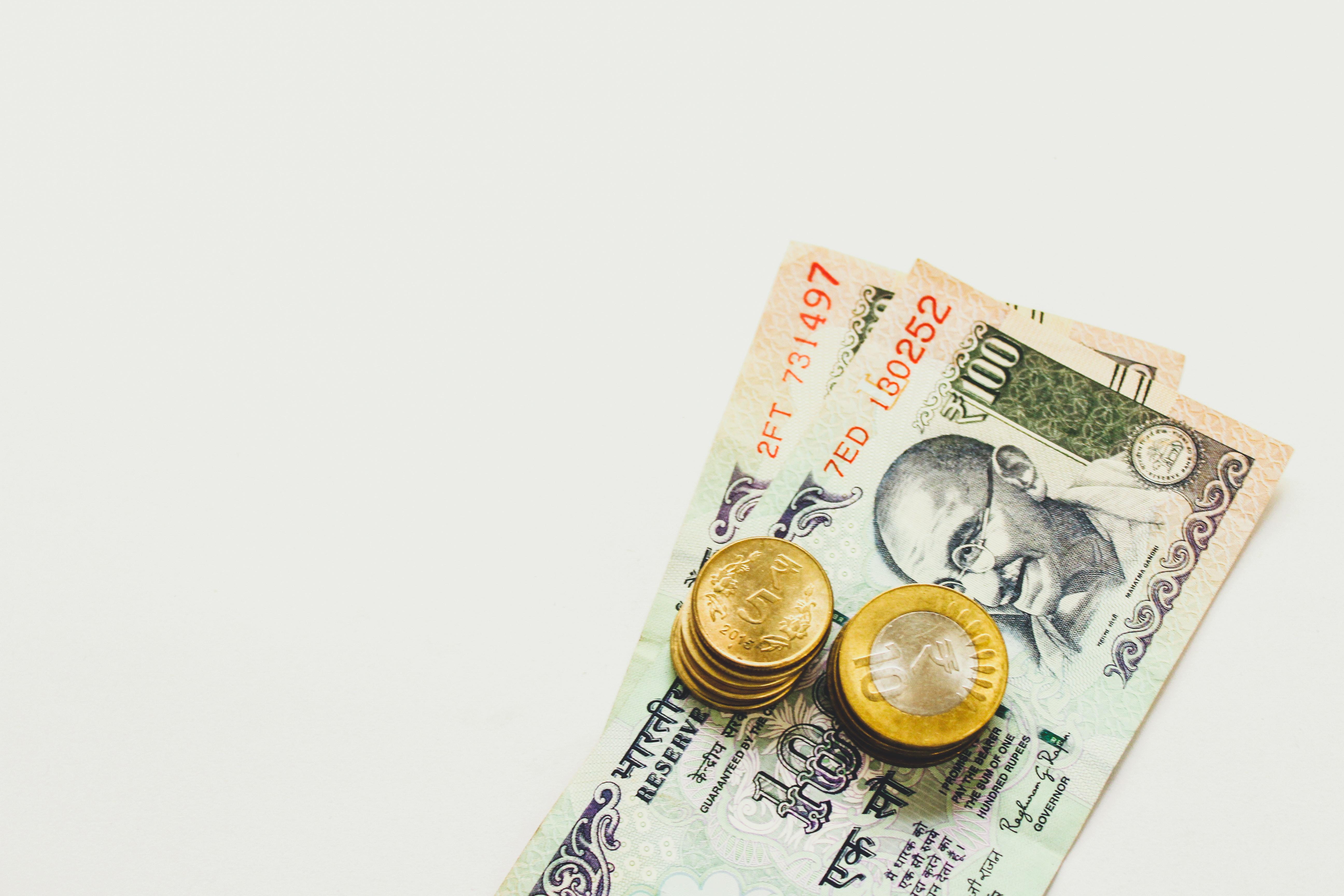 investment banker bonus
