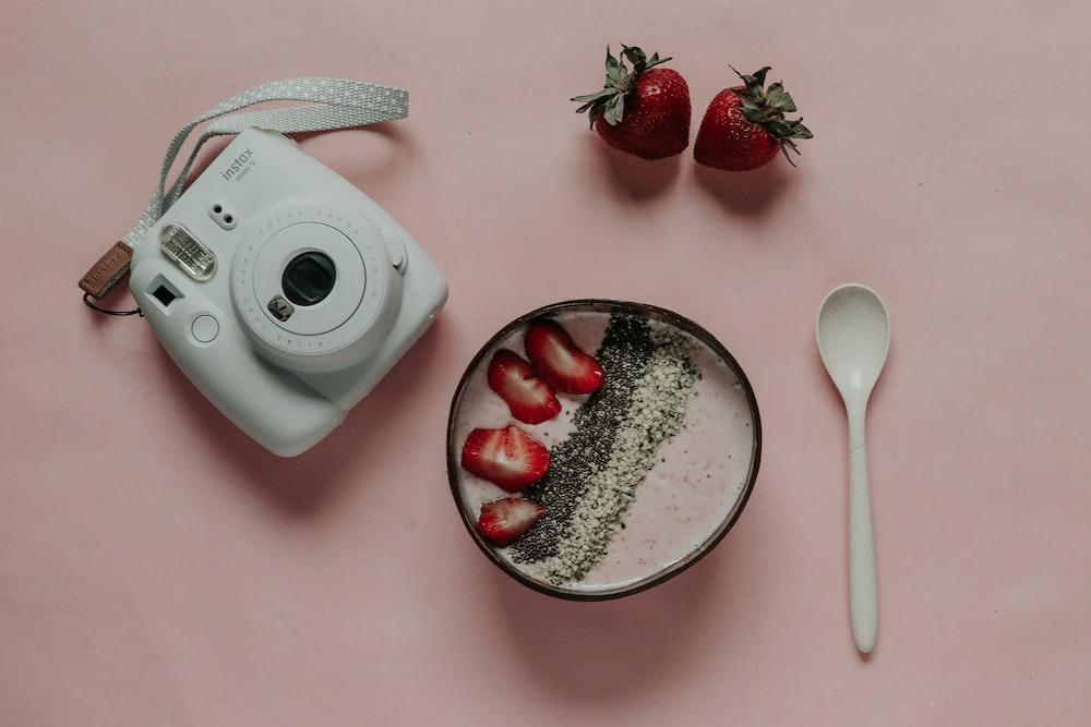 white Fujifilm Instax Mini 8 camera