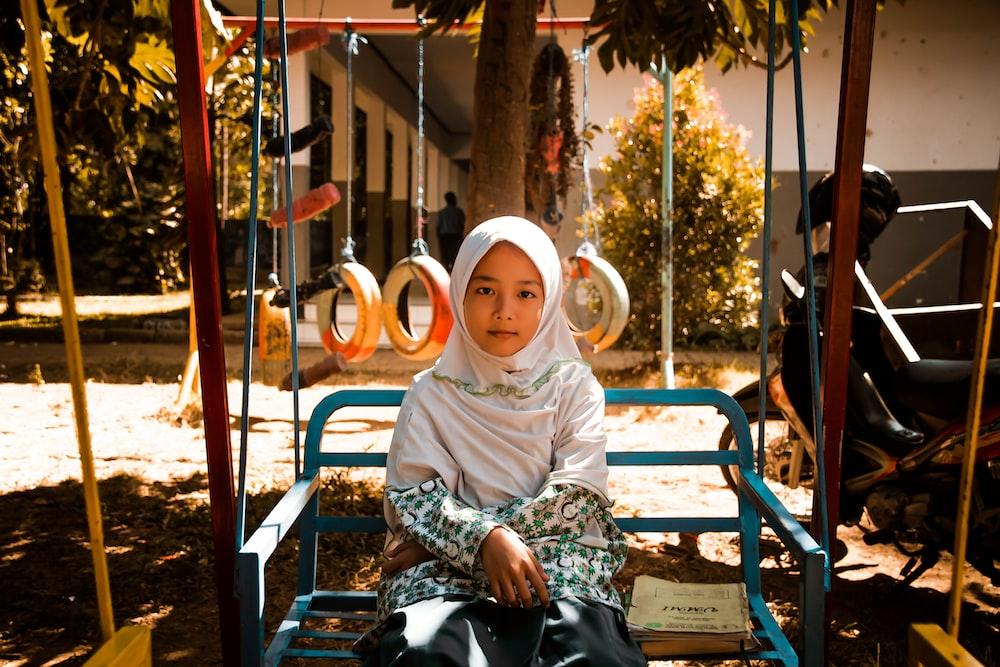 girl wearing white hijab