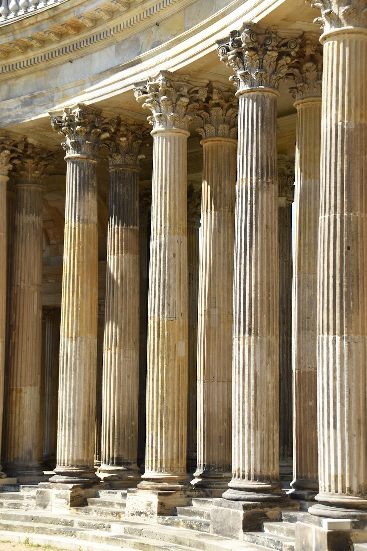 brown columns