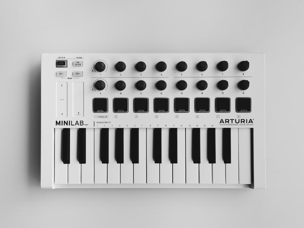 white Arturia minilab