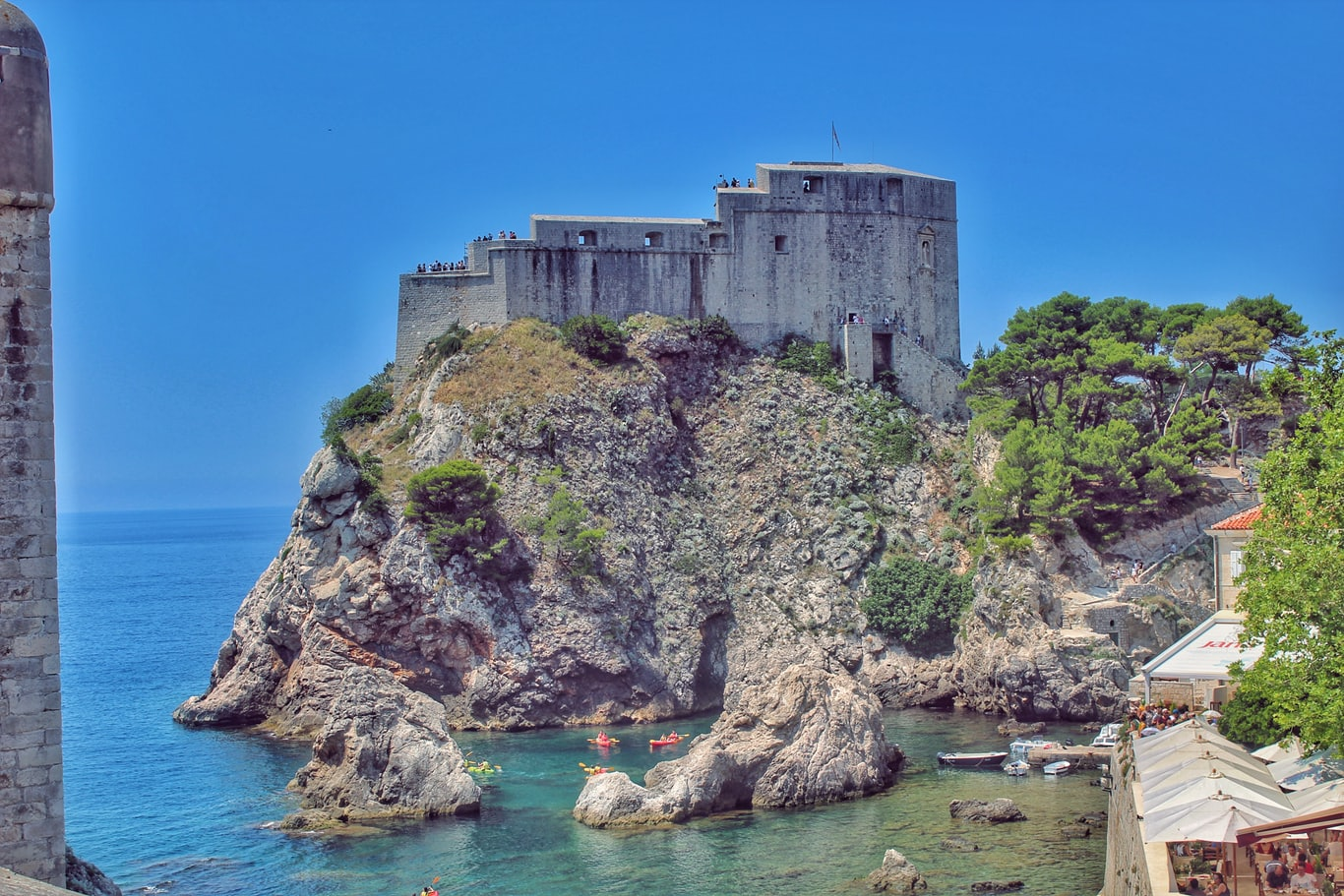 Dubrovnik castle during during daytime
