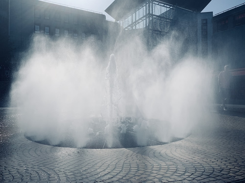 photography of fountain during daytime