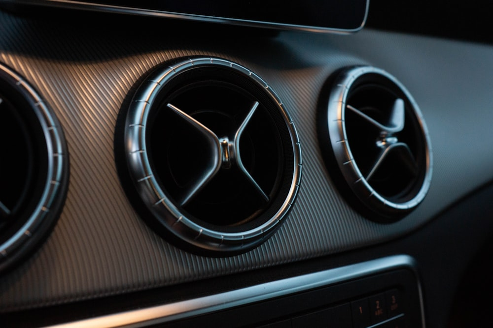black vehicle air vent