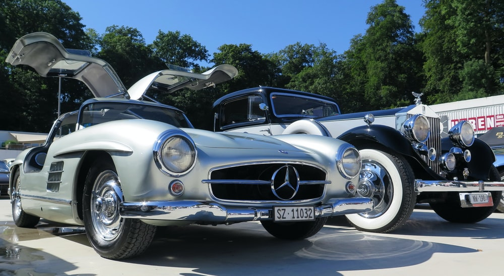 classic silver Mercedes-Benz coupe