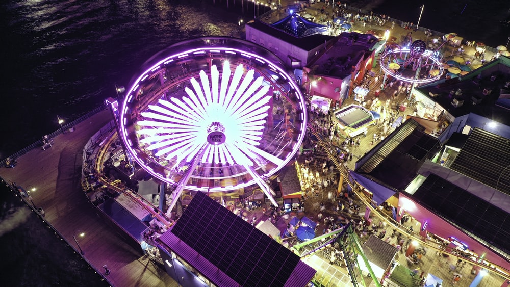 turned-on amusement rides during night