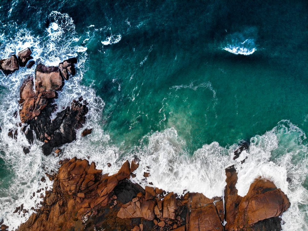 aerial photography of sea during daytime