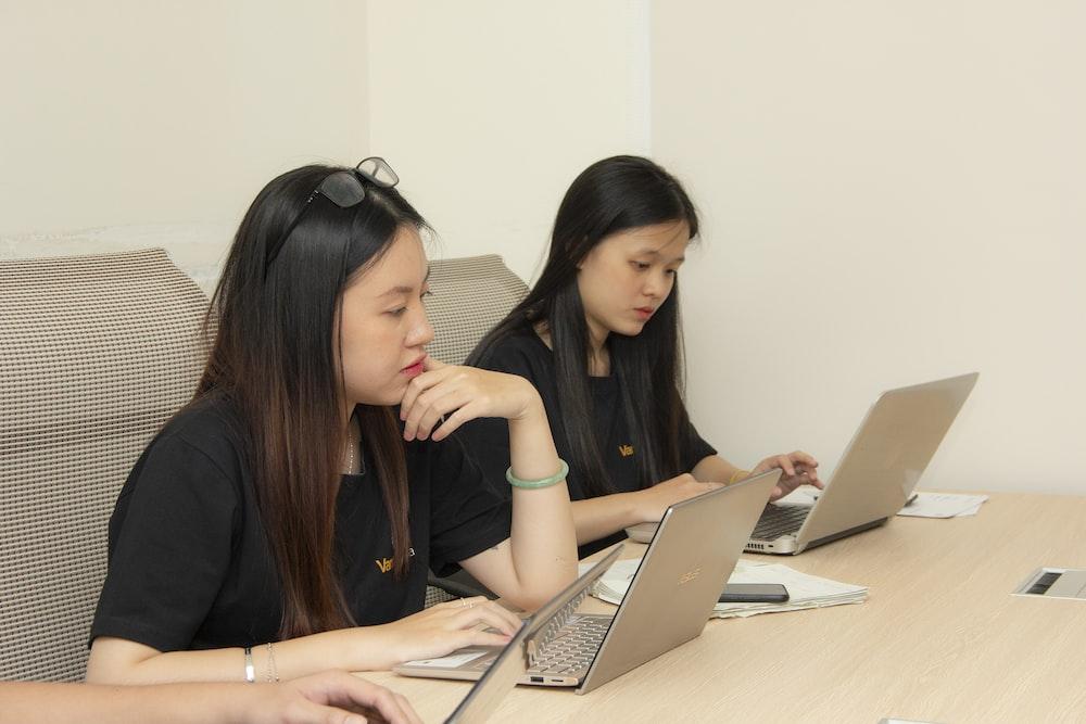 women using laptops