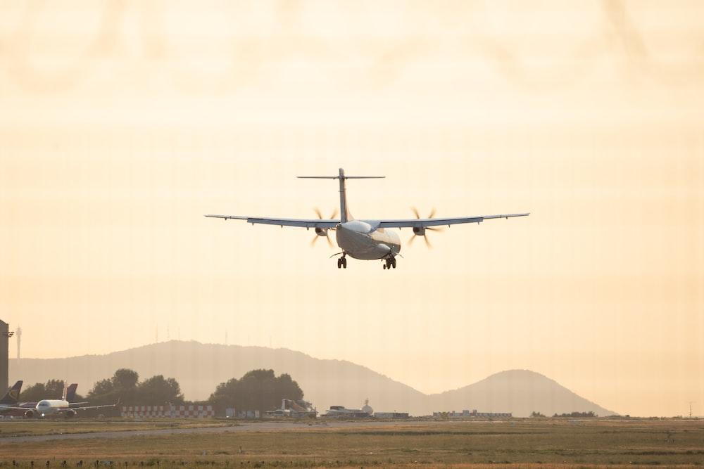 white plane during daytime