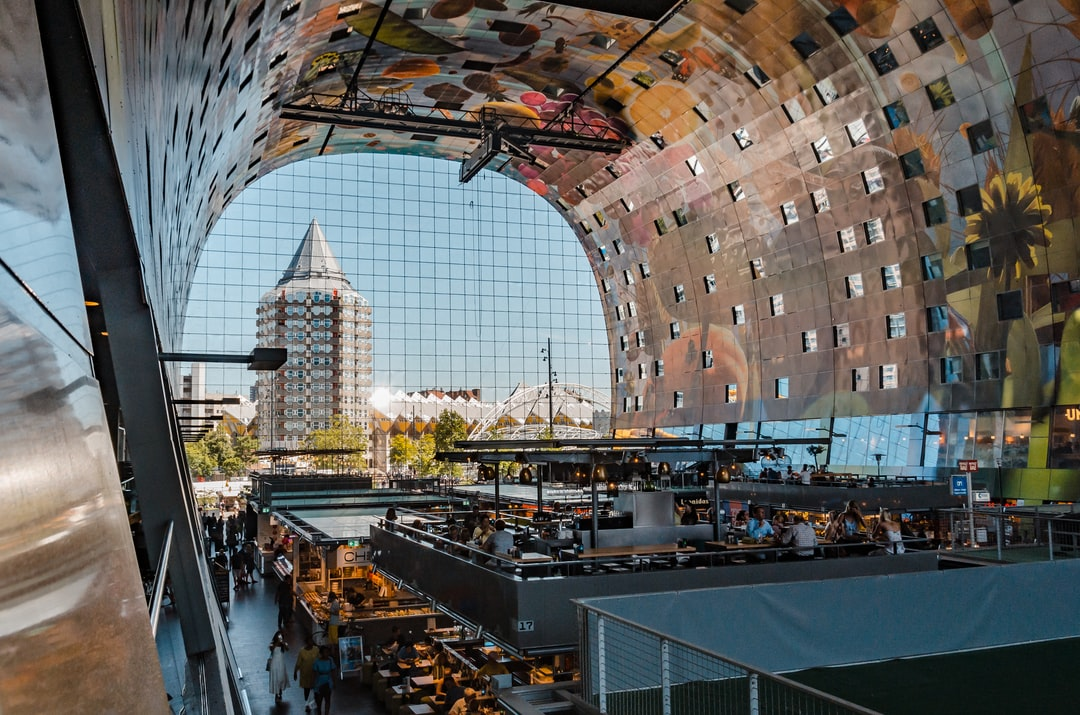 market hall Rotterdam with restaurants inside
