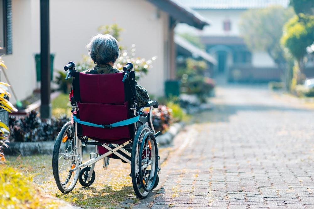 woman sitting on wheelchair