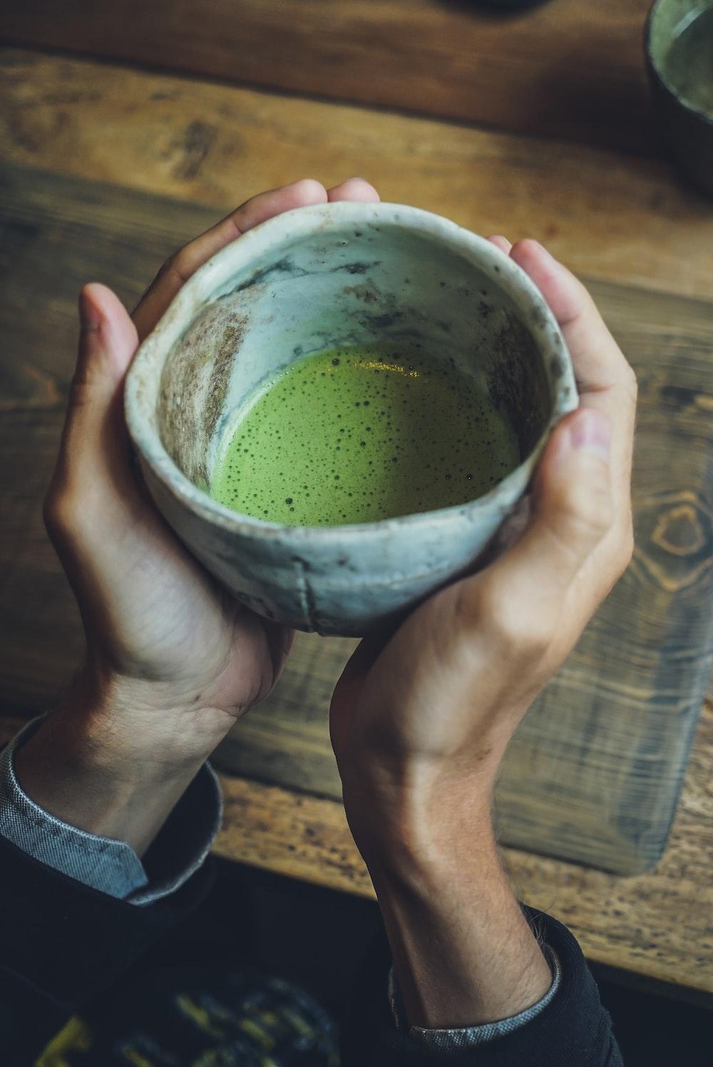 gray ceramic bowl