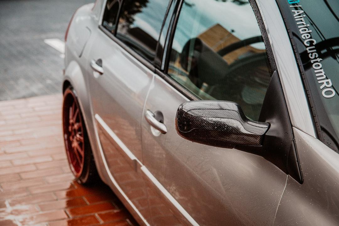 Limpiar el coche como ejercicio