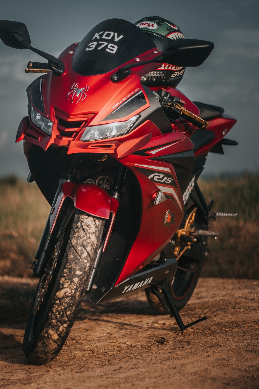 red and black Yamaha sports bike macro photography