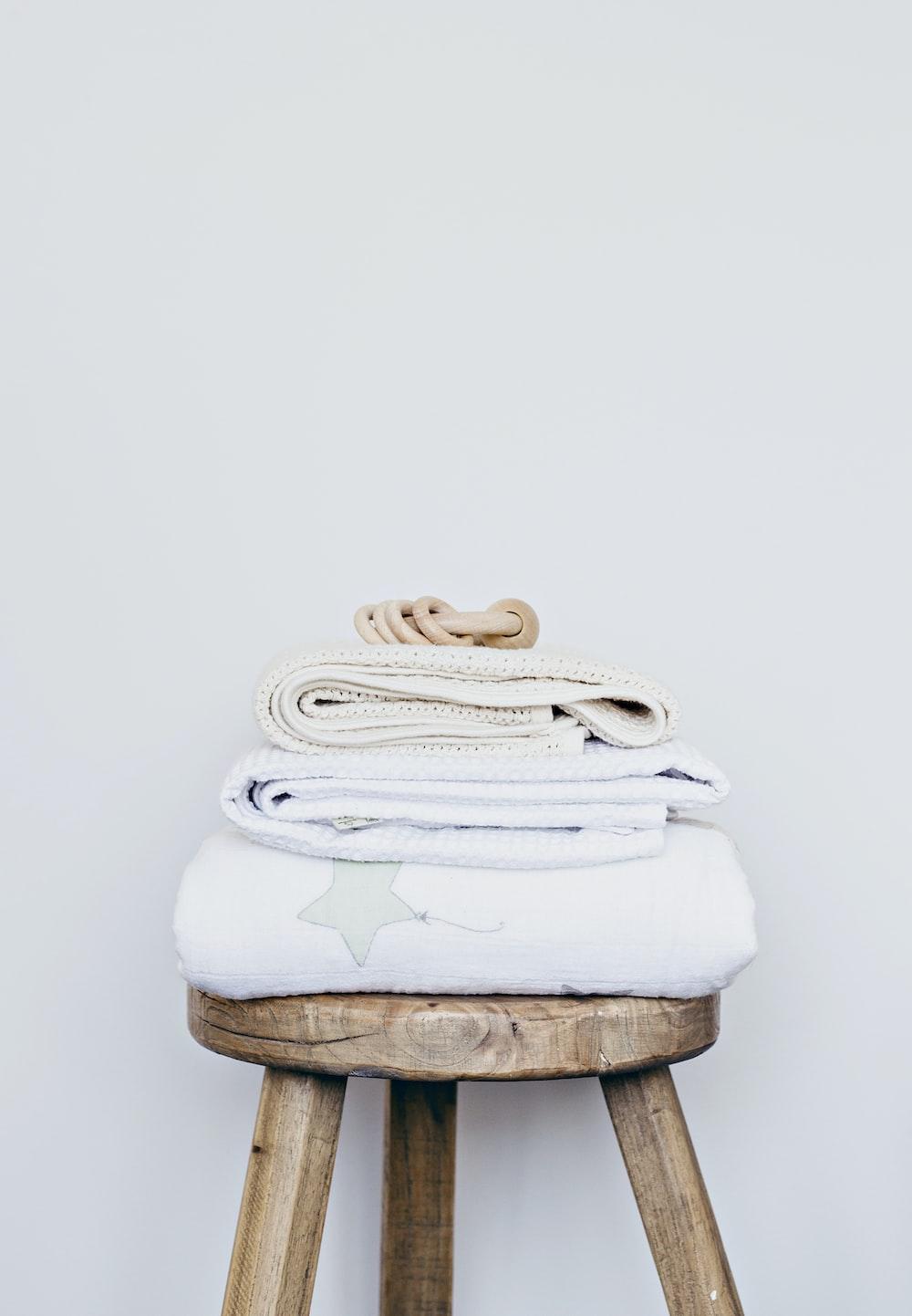 towels on stool